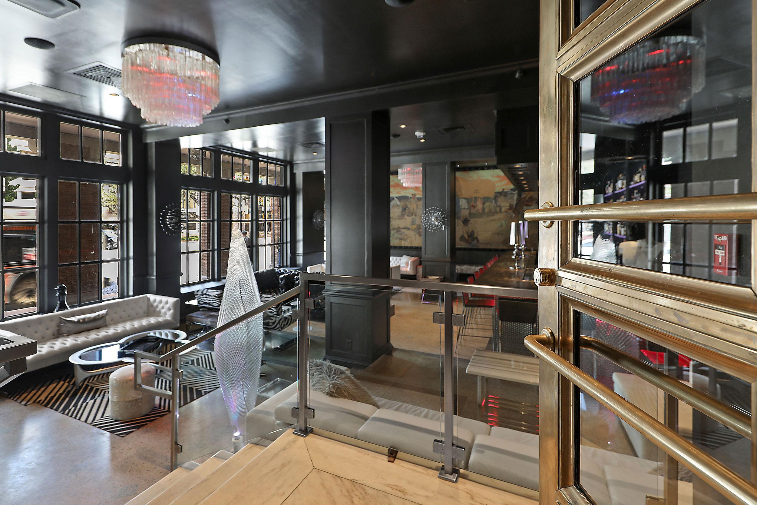 Haunt Cocktail Lounge – 2